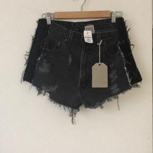 NWT 🎈LF Furst LF a Kind distressed denim shorts